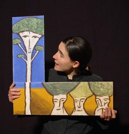 les contes de l'arbre monde, compagnie ABOUDBRAS, spectacles de contes, conte marionnette Lorraine, Conte marionnette Alsace, Spectacle contes arbre, images animées, spectacle formes visuelles, spectacle coopération
