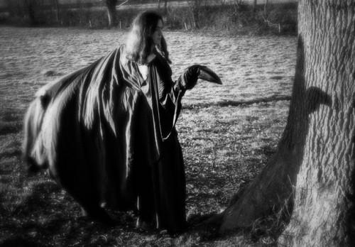 MARILOR, association marionnettistes Lorraine, TGP Frouard, Minute Marilor, Festival Géo Condé, Compagnie ABOUDBRAS, Mythe Odin, haïku, robe corbeau