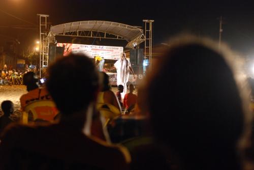 FAR Festival des arts de la rue de Grand-Bassam, Cie ABOUDBRAS, Les contes de l'Arbre Monde, conte Afrique, conte marionnette Côte d'ivoire, soirée contes FAR, Binda'N'Gazolo